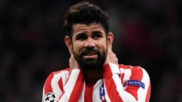 Ara transfer döneminde forvet takviyesi yapmak için çalışmalarını sürdüren ve Brezilyalı yıldız Hulk'u gündemine alan Beşiktaş ile ilgili flaş bir transfer iddiası ortaya atıldı.