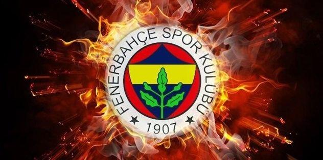 Süper Lig'deki şampiyonluk hasretini dindirmek için gözünü karartan ve birçok ismi kadrosuna katan Fenerbahçe'de gözler Bankalar Birliği ile yapılacak yeni yapılandırma anlaşmasına çevrildi. Harcama limiti nedeniyle 11 transfere henüz lisans çıkaramayan sarı-lacivertliler, sezon başlamadan bu sorunu çözmek istiyor. İşte detaylar..