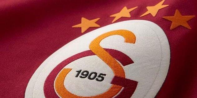 Transferde hareketli saatler yaşayan Galatasaray, yeni sezon öncesi gündeminde yer alan isimler ile görüşmelerini sürdürüyor. Sarı-kırmızılıların orta saha bölgesi flaş bir futbolcu ile görüştüğü iddia edildi. İşte detyalar...
