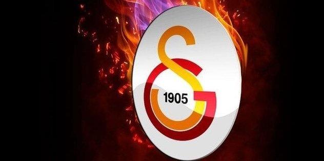 """Galatasaray, Süper Lig'in 2. haftasında Medipol Başakşehir deplasmanına konuk olmuş ve maçtan 2-0 galip gelerek ligde 2'de 2 yapmıştı. Sarı-kırmızılı takımda Taylan Antalyalı ve Arda Turan'ın performansı özellikle beğenilirken, kaptan Arda maç sonrasında Taylan için """"Xavi"""" benzetmesi yapmıştı. İkilinin iyi olan performansıyla beraber işin sırrı da ortaya çıktı. İşte detaylar..."""