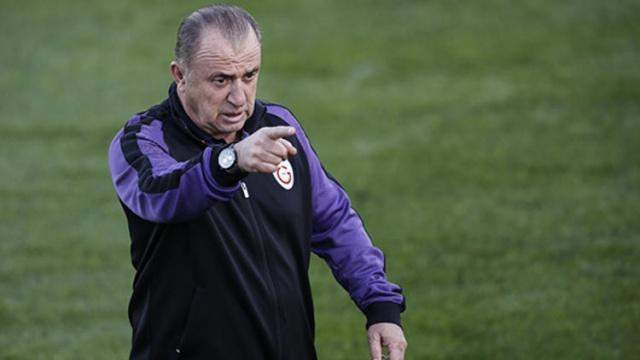 Spor Toto Süper Lig'in 21. haftasında Trabzonspor'u konuk edecek olan Galatasaray galibiyete odaklanmış durumda. Aytemiz Alanyaspor mücadelesinde kaybedilen 2 puan ile şampiyonluk yarışında önemli bir kayıp yaşayan sarı kırmızılılar hata yapmak istemiyor.