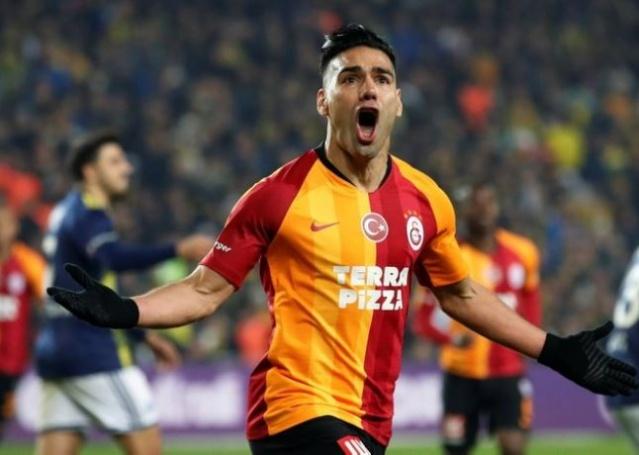 Galatasaray'da bu sezon yaşanan başarısızlık kadar konuşulan bir başka konu Radamel Falcao'nun performansı oldu.