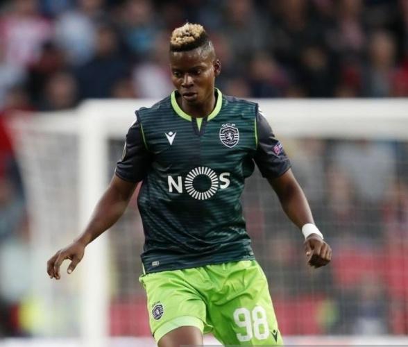 Lizbon ekibinin %40 indirim istemesiyle 22 yaşındaki oyuncu ayrılık kararı aldı.