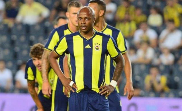 """Fenerbahçe Başkanı Ali Koç, """"Ayew'in bonservisini keşke alabilsek"""" dedikten sonra Ganalı düşüşe geçti. Ayew'le ilgili karar verildi."""
