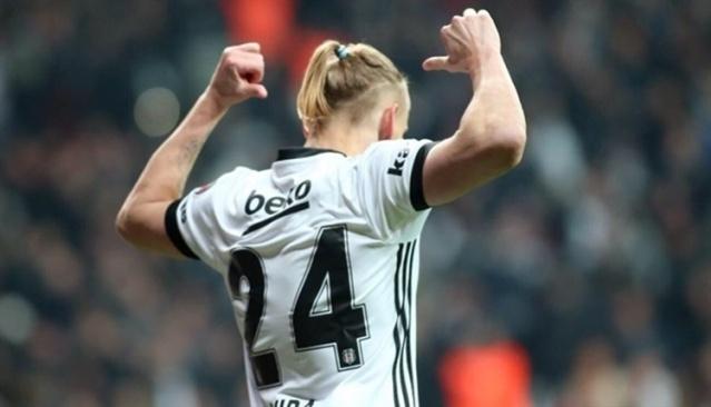 İngiliz ekibi Tottenham Beşiktaş'ta performansı giderek yükselen yıldız oyuncuyu transfer listesine aldı.