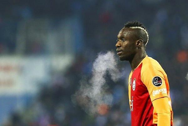 Devre arası transfer döneminde Kasımpaşa'dan 10 milyon euro'ya transfer edilen, fakat oynadığı futbolla camiadan sert eleştiriler alan Diagne'ye 2 ülkeden teklif geldiği belirtildi.