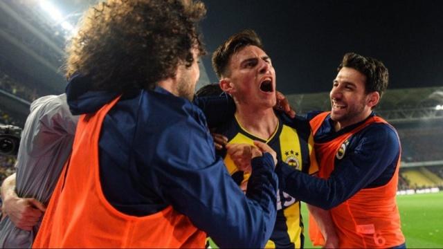 Corriere dello Sport, Serie A ekibinin Avrupa'nın birçok büyük takımının listesinde olan 19 yaşındaki yıldızın transferinde bir adım önde olduğunu yazdı.