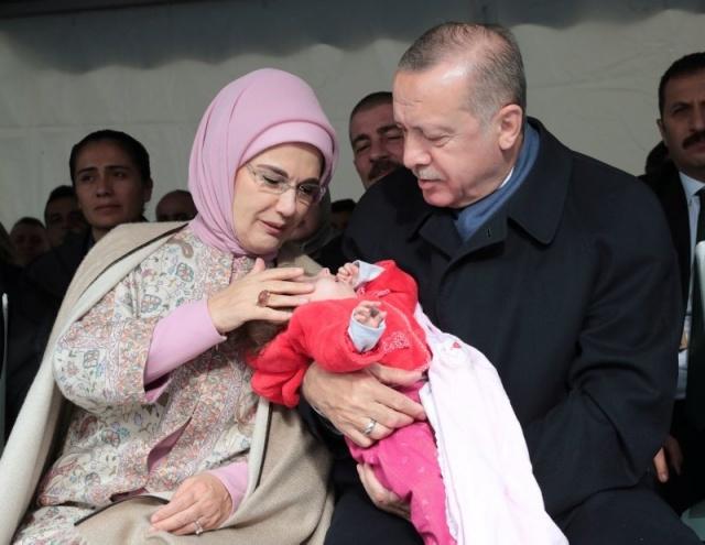 Cumhurbaşkanı Recep Tayyip Erdoğan, Küçükçekmece'de Gülseren Özdemir Özel Eğitim Uygulama Okulunun açılış törenine katıldı.