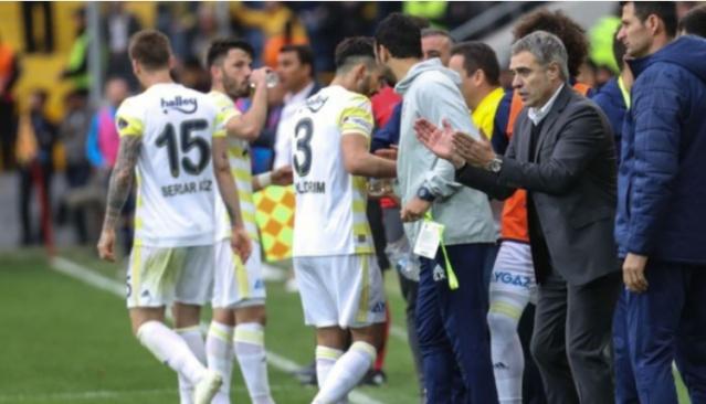 Fenerbahçe, kritik maçı öncesi son antrenmanını dün akşam saat 18.00'de gerçekleştirdi.