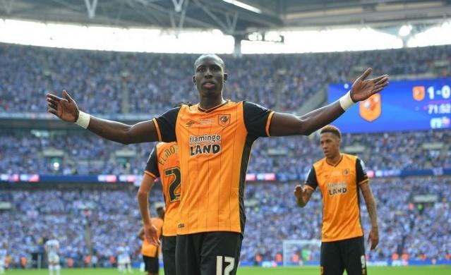 Crystal Palace ve West Ham United'ın da peşinde olduğu Senegalli orta saha oyuncusuna en iyi teklifi yapan kulüp Fenerbahçe oldu.