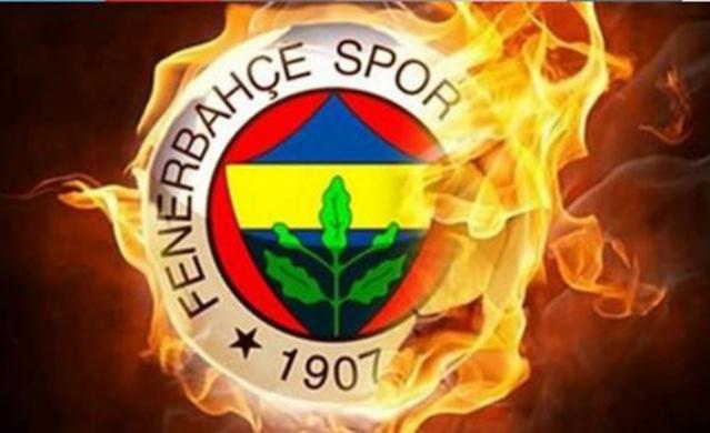 Gelecek sezonun kadrosunu oluşturmak için çalışmalarına başlayan ve Galatasaray'ın da istediği Mert Hakan Yandaş işe anlaşma sağlayarak ezeli rakibine transfer çalımı atan Fenerbahçe, 26 yaşındaki futbolcunun ardından bir bomba daha patlatmaya hazırlanıyor.  Sezonun bitmesiyle birlikte futbolu bırakarak sportif direktör olarak göreve başlaması beklenen Emre Belözoğlu'nun yıldız oyuncuyla görüşme gerçekleştirdiği ve anlaşma sağladığı bildirildi. Son dakika Fenerbahçe haberleri...