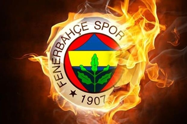 Hollanda ve İtalya basınından, transferde hareketli günlerin yaşandığı Fenerbahçe ile ilgili  önemli iddialar geldi. İşte Fenerbahçe'yle ilgili son dakika transfer gelişmeleri...