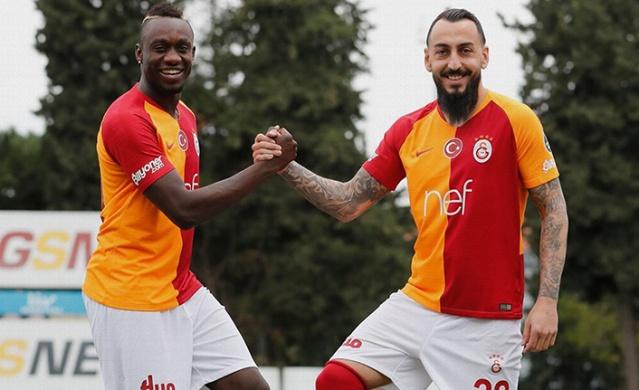 Galatasaray, Beşiktaş ile oynayacağı maçın hazırlıklarını sürdürdü. Antrenman sırasında takımın gol silahı sakatlık geçirdi.