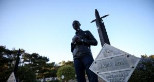 """Senegalli öğrenciler talep etti! """"Kabirleri Müslüman mezarlığına taşınsın"""""""