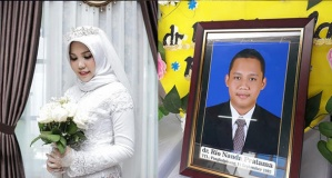 Uçak kazasında ölen nişanlısının isteğini yerine getirdi