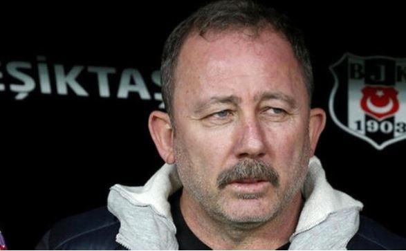 Beşiktaş, gelecek sezonun 1 numarası için hummalı bir çalışma yürütüyor... Loris Karius'un ayrılığının ardından Ersin Destanoğlu'nu değerlendiren siyah beyazlılar, gelecek sezon için önemli bir ismi gündemine aldı.