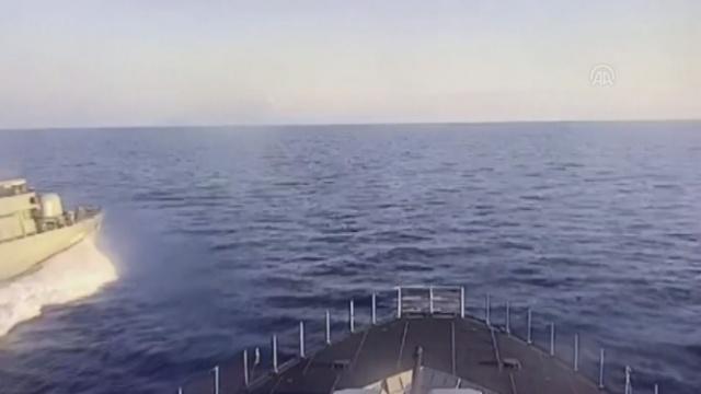 Denizkurdu-2019 Tatbikatı'na katılan TCG Burgazada korveti uluslararası sularda Yunan hücumbotu tarafından taciz edildi.