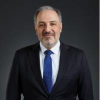 Mustafa Yeneroğlu Kimdir?