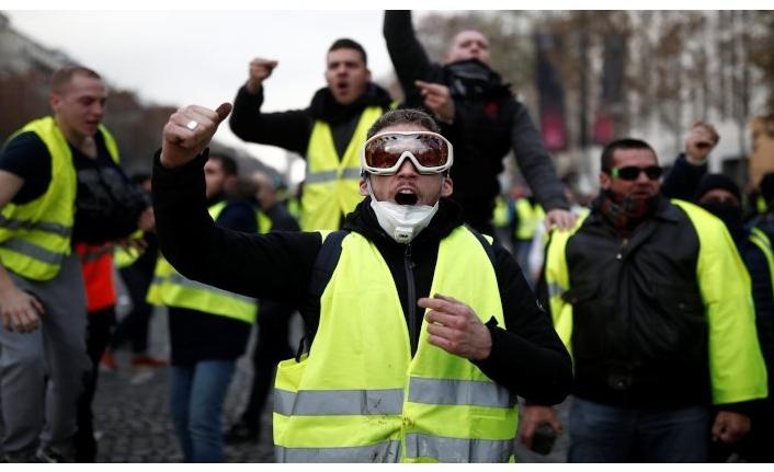 Fransada sarı yelek satışları patladı 67