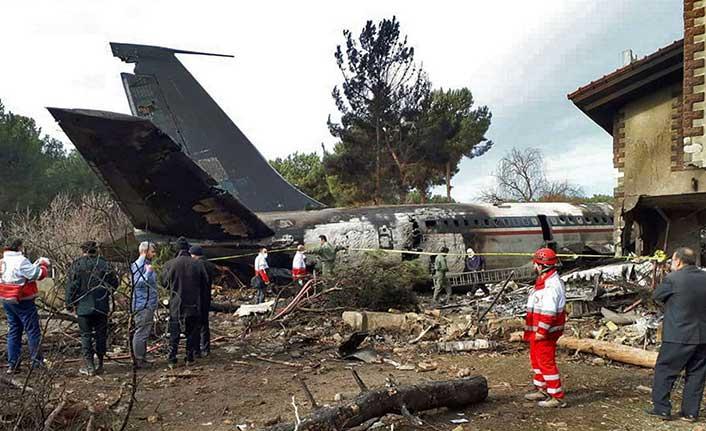 Son dakika... Tahranda kargo uçağı düştü