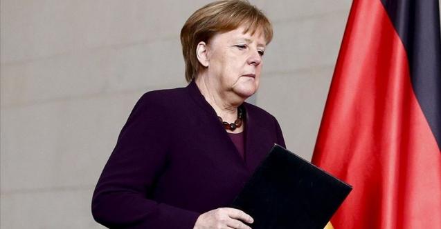 Almanya'da 'ifade özgürlüğü': Merkel'e hakarete hapis cezası