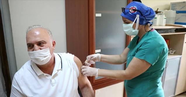 Türkiye'de uygulanan aşı miktarı 28 milyona yaklaştı