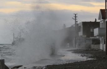 Ege'de Kırbaç Kasırgası alarmı