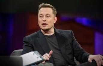 Elon Musk istifa ediyor