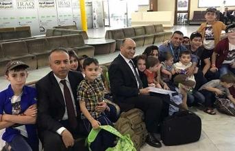 Aileleri DEAŞ'e katılan 17 Türk çocuk Ankara'ya getirildi