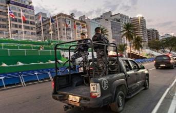 Firari mahkumlar polisle çatıştı