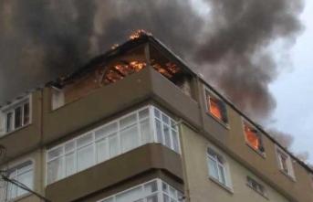 Halkalı'da çatı yangını