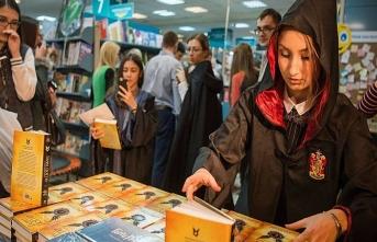 Harry Potter, Hindistan'da ders oluyor