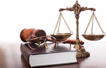 Hukuk mezunları mesleğe başlamadan önce sınava girecek