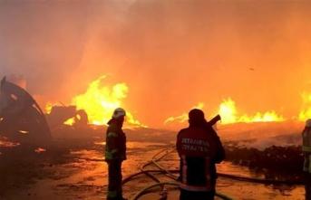 İstanbul'da bu sabah 3 fabrikada yangın