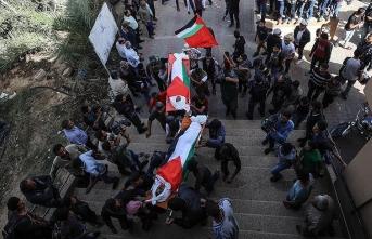 Dünya çocuk katili İsrail'e sessiz kaldı
