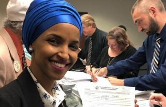 İkiMüslüman kadından seçimde bir ilk...