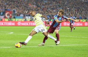 Trabzonspor nefes kesen maçta Fenerbahçe'yi devirdi