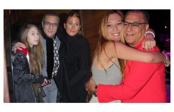 Yasmin Erbil ve Sezin Erbil'den babaları için duygusal mesaj