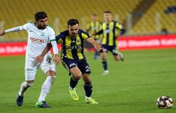 Fenerbahçe tat vermedi, Slimani ile sevindi