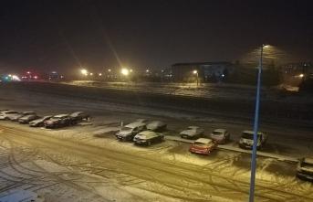 Kar Trakya'dan giriş yaptı, okul tatil haberi geldi