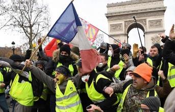 """""""Sarı Yelekliler"""" Fransa'da büyümeyi yavaşlattı"""