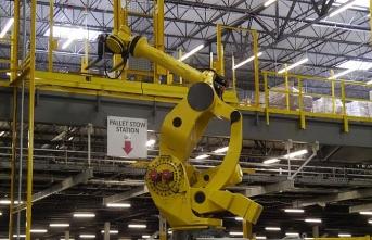 Yapay zekalı robot 24 işçiyi hastanelik etti