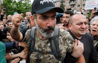 Ermenistan'da başbakan resmen atandı