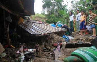 Fırtına sonrası sel ve heyelan… 85 ölü