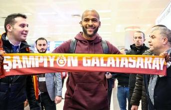 Galatasaray yeni transferini İstanbul'a getirdi