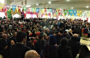 HDP'nin aday tanıtımında, terör örgütünü öven marş okundu