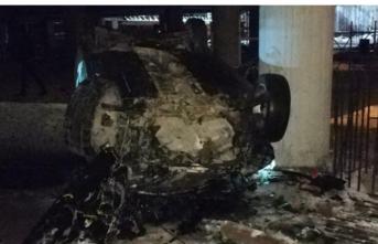 İnanılmaz kaza: 40 metrelik AVM inşaatına düştü