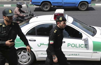 İran protestocu işçiyi yeniden gözaltına aldı
