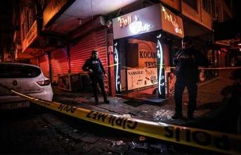 İstanbul'da kafede 2 grup birbirine girdi! Silah sesi...