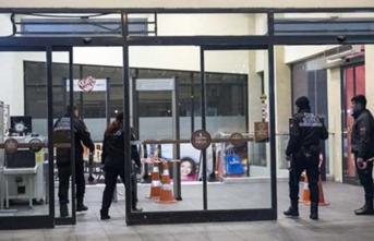 İstanbul'da AVM'nin güvenlik noktasına silahlı saldırı